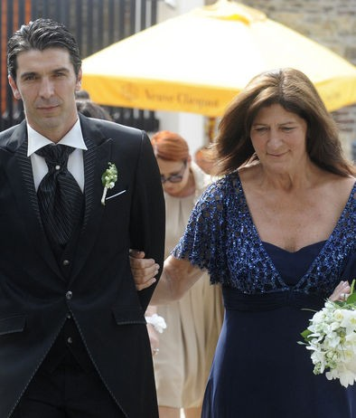 Gigi Buffon with his mother, Stella