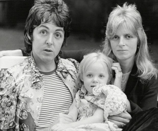 Stella with her parents Paul and Linda McCartney