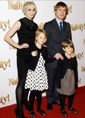 Martin Freeman With His Wife Amanda Abbington And Children