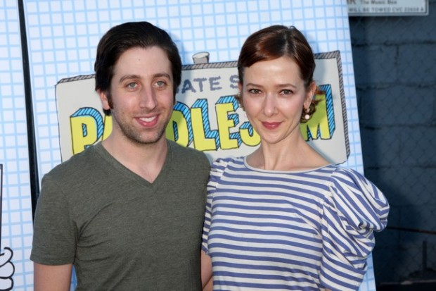 Simon Helberg With His Wife Jocelyn Towne