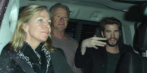 Liam Hemsworth with his Parents