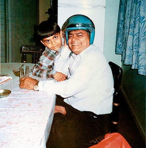Kohli with His Father Prem in His Childhood