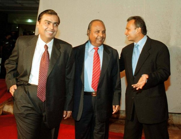 Mukesh with His Father Dhirubhai Ambani and Brother Anil Ambani