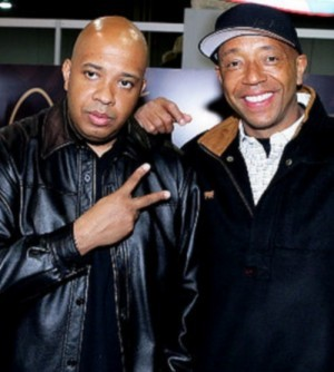 Russell Simmons with his brother Joseph Simmons