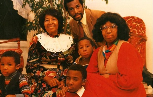 Dr. Ben Carson along with His Family