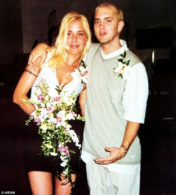 Marshall Bruce Mathers III (Eminem) Ex- Wife