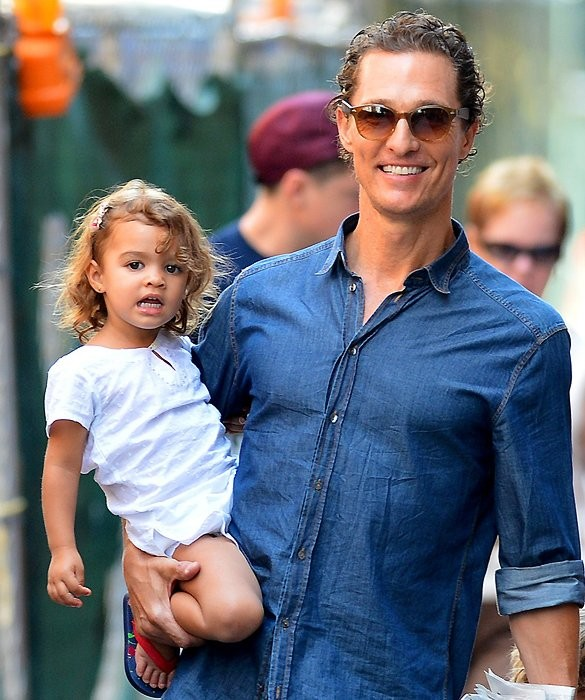 Matthew McConaughey With His Daughter