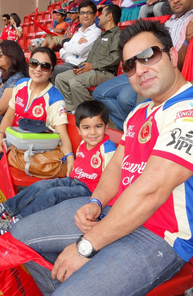 Virat's Brother Vikash and His Family
