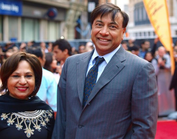 Lakshmi Mittal and His Wife Usha Mittal in a Party