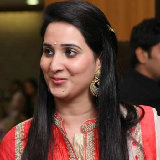 Shikhar Dhawan Sister Shreshta Dhawan