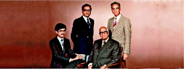 Kumar Mangalam Birla With His Father