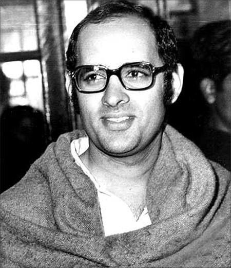 Indira Gandhi Son Sanjay Gandhi