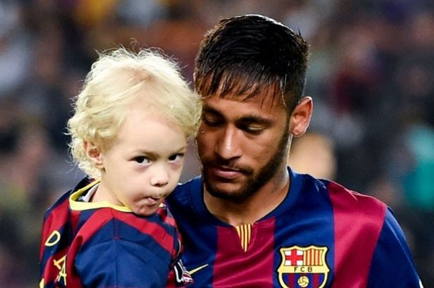 Neymar With His Son Davi Lucca da Silva Santos