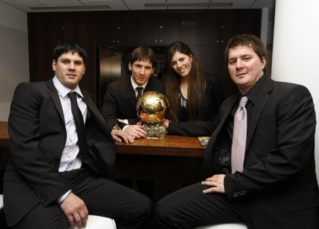 Lionel Messi House With His Brothers