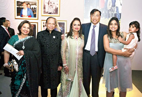 Mittal Couple Along with Mittal's Sister Sima Lohia, Her Husband Praksh, Vanisha and Her Child