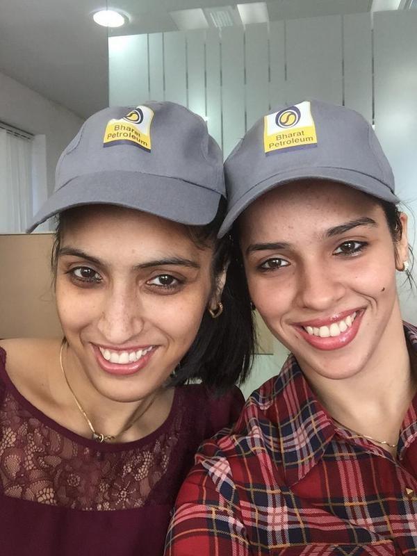 Saina Nehwal with Her Sister Abu Chandranshu Nehwal