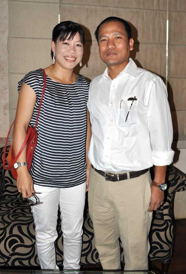 Mary With Her Husband Onler Kom
