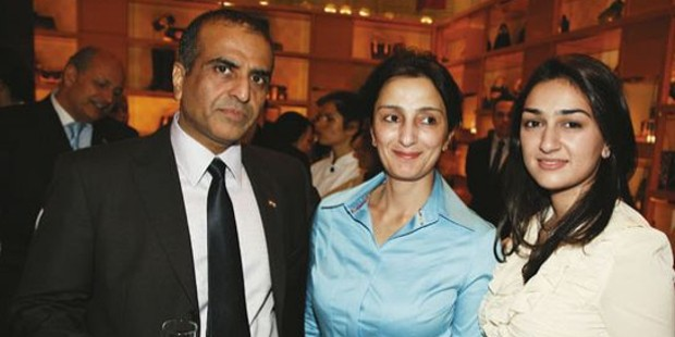 Sunil Mittal with His Wife Nyna and Daughter Eiesha Mittal
