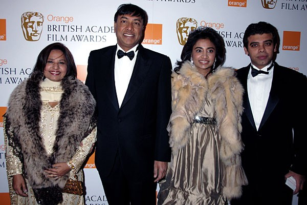 Mittal S With Their Daughter And Son In Law