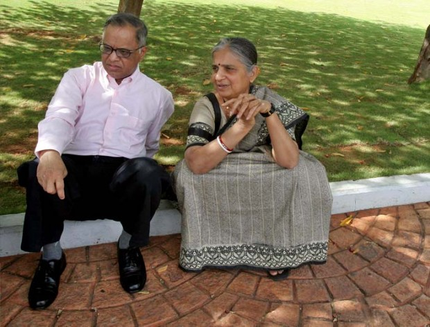 Narayana Murthy and His Wife Sudha Murthy