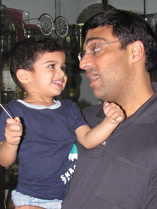 Vishwanathan Anand With his Son