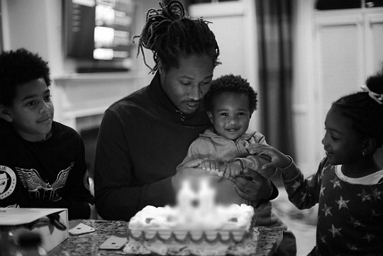 Future The Rapper with his kids