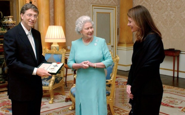 Bill and Melinda Gates with Queen Elizabeth