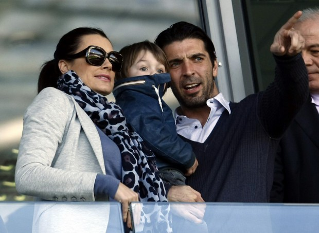 Gigi Buffon with his son and wife