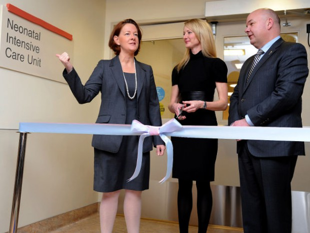 N. Murray Edwards wife Heather at inaguration of a ward in a hospital