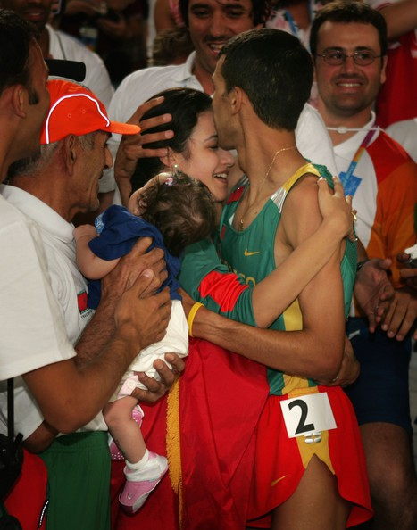 Hicham El Guerrouj with his family