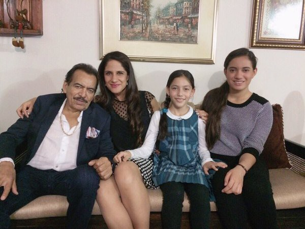 Marcelia Figueroa with his father Joan Sebastian