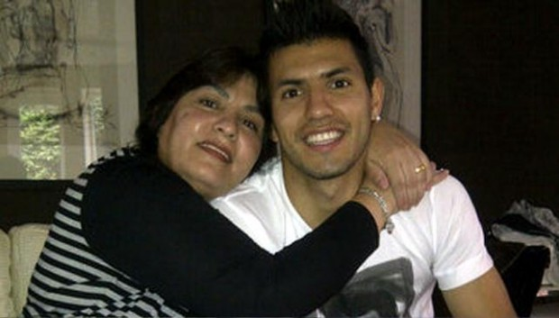 Kun Aguero with his mother Adriana Agüero