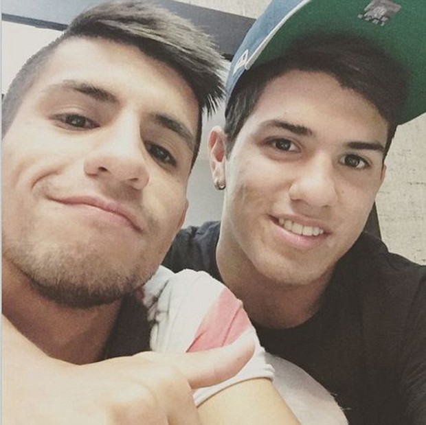Sergio Aguero poses a selfie with his brother