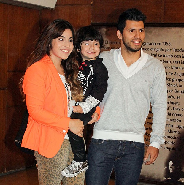 Sergio Aguero with former wife Giannina and son Ben