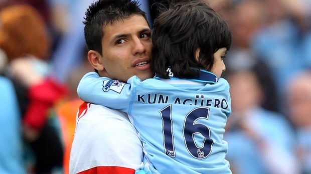 Benjamin with his dad Kun Aguero