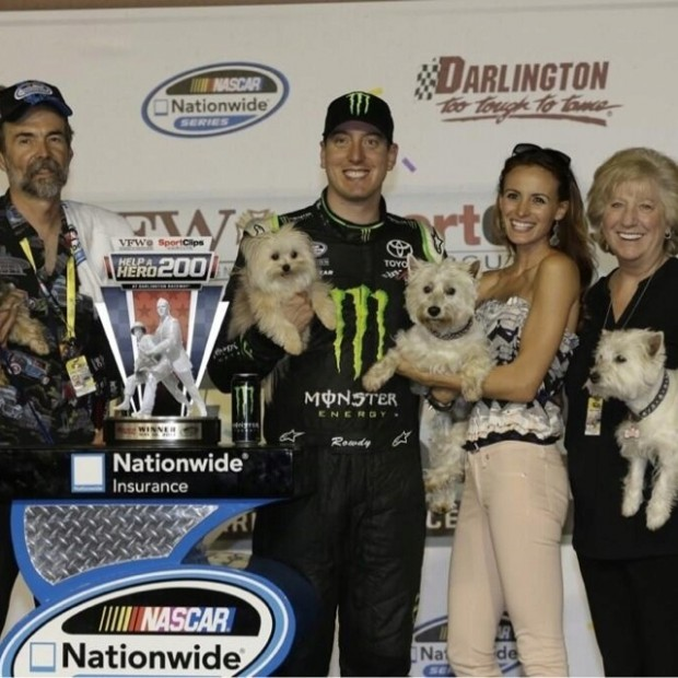 Kyle Busch with His Parents and His Wife