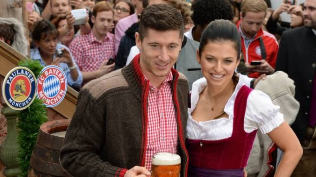 Robert Lewandowski and his wife