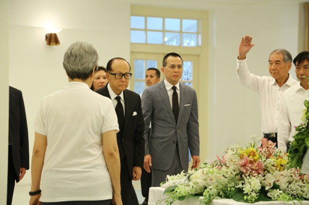 Li Ka Shing and his son Richard Li at Lee Kuan Yew Funeral