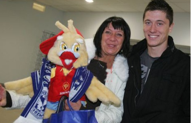 Robert Lewandowski with his mother Iwona Lewandowska