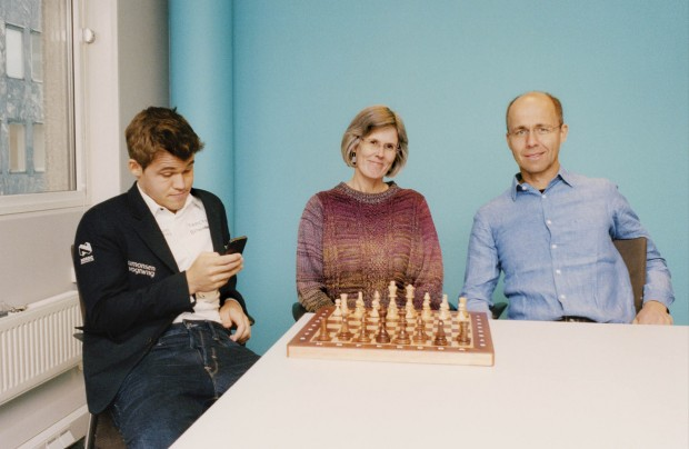 Carlsen with his parents
