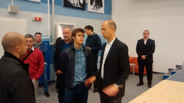 Carlsen and his dad