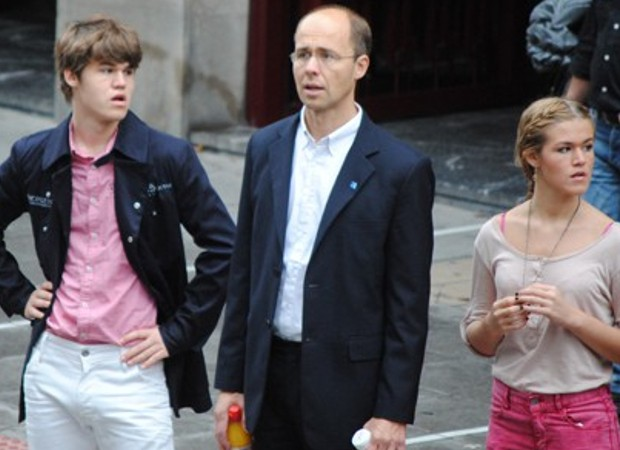 Carlsen with his father and his middle sister Ingrid Carlsen