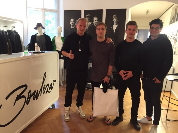 Mario Götze and his brother Fabian at the Boulezar office in Munich