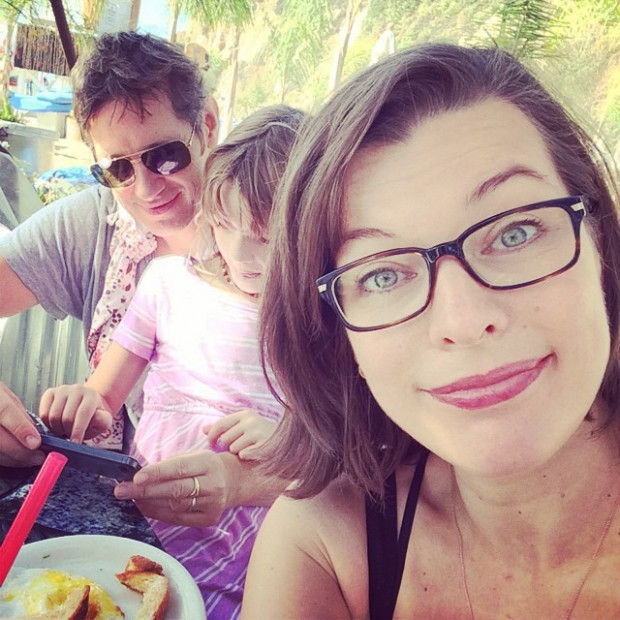 Milla and Paul Anderson with their daughter