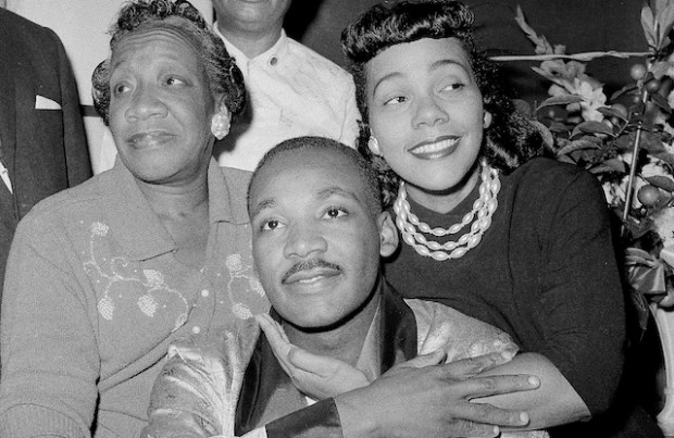 MLK Jr and his wife with his mother Alberta Williams King