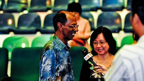Nicol David's parents talking to media