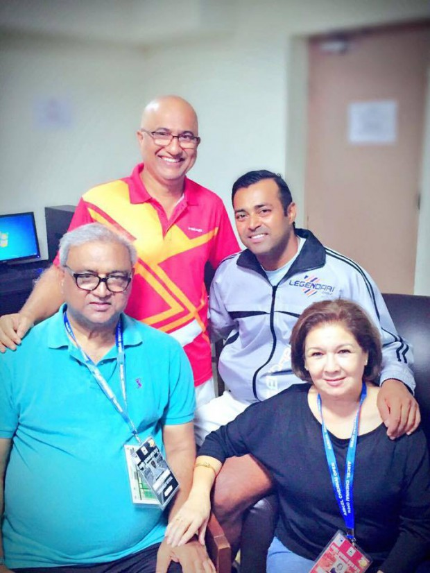 Leander Paes with his dad and his coaching staff