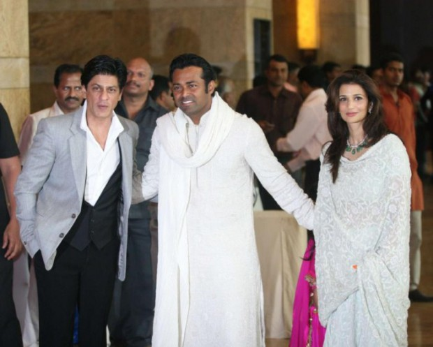 Leander Paes and Rhea Pillai with Indian actor Shahrukh Khan