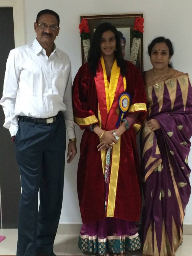 PV Sindhu with her parents after receiving Honorary Doctorate from Vels University Chennai
