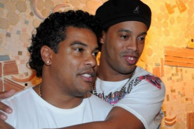 Ronaldinho and Roberto